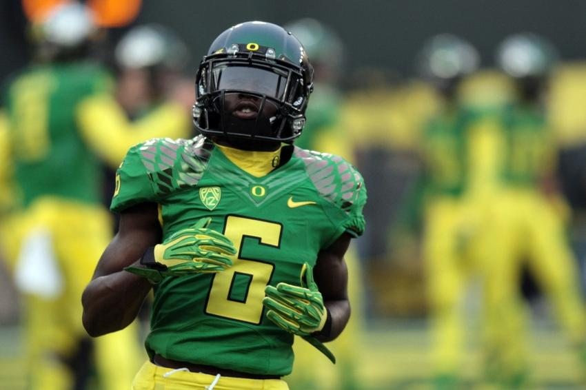 sports shoes 91879 731a7 Former Oregon Ducks Running Back Thomas Signs With Kansas ...