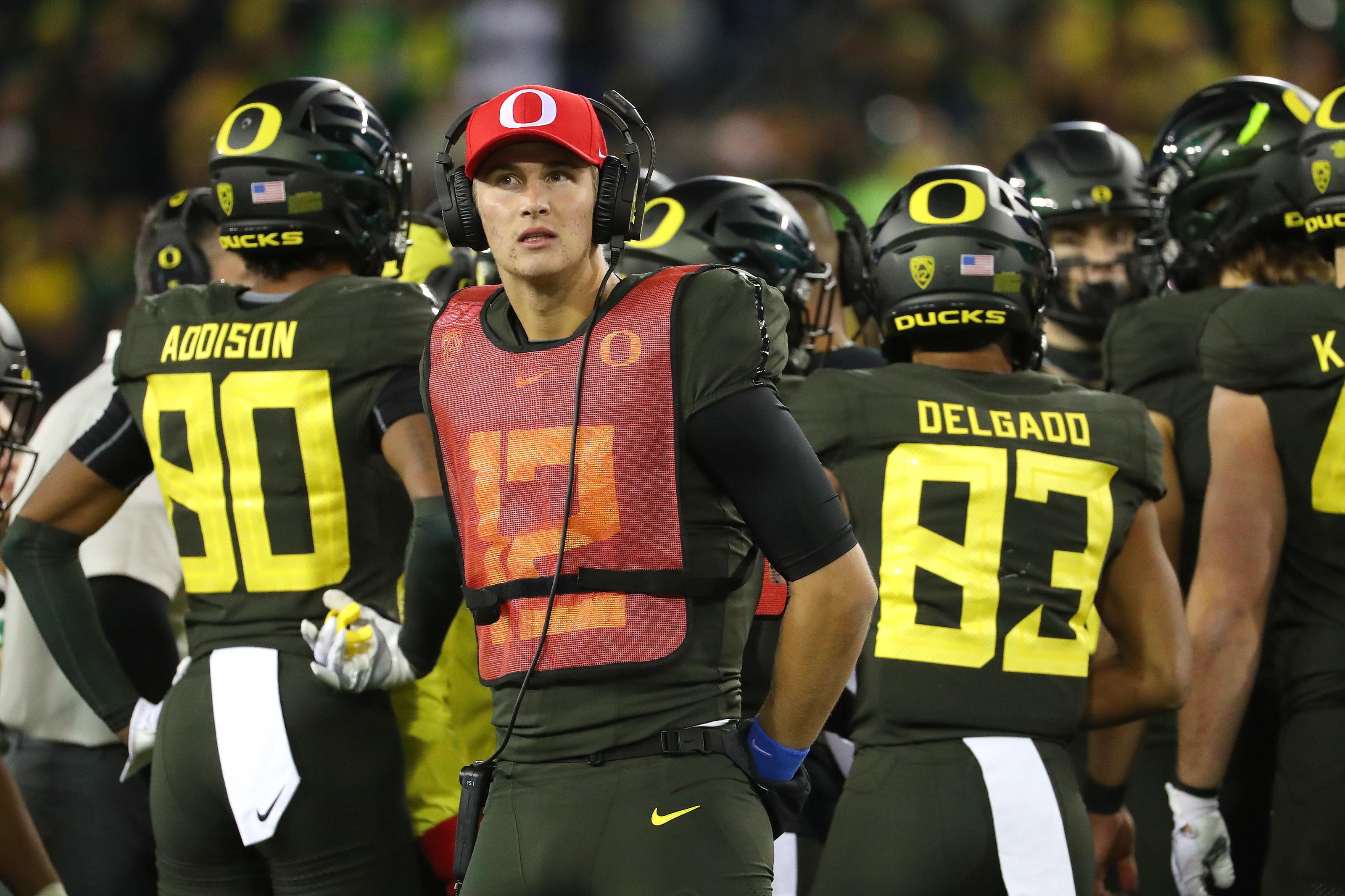 Oregon Football Ducks Prepare For Key Games To Open 2020 Season